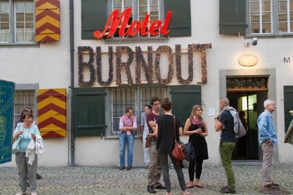 «Motel Burnout» deals with capitalism and social change